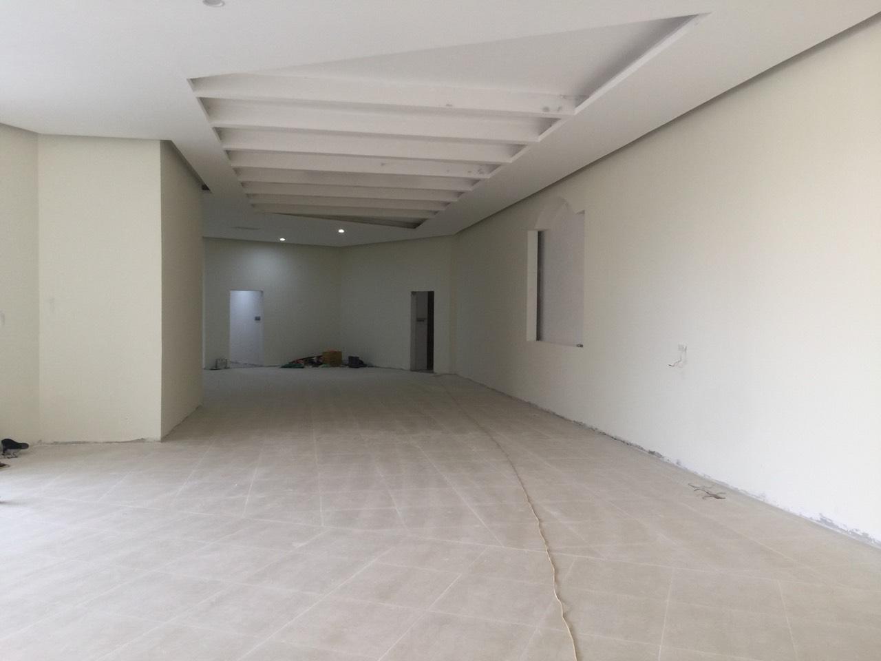 Sales Center sau buổi mở bán hàng tuần