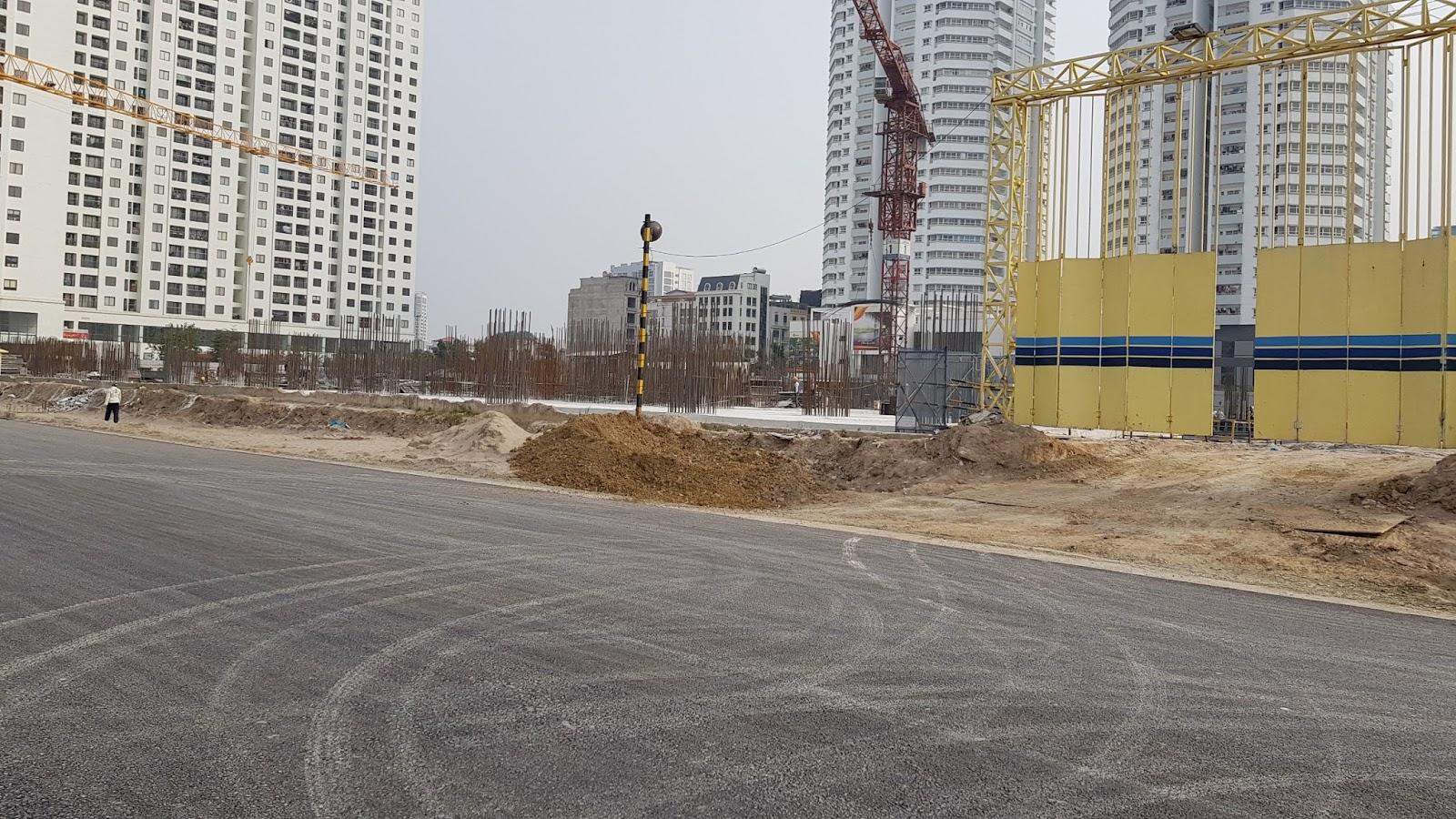 Đoạn đường 600m với mặt cắt ngang 40m trước mặt dự án kết nối từ Võ Chí Công (2)