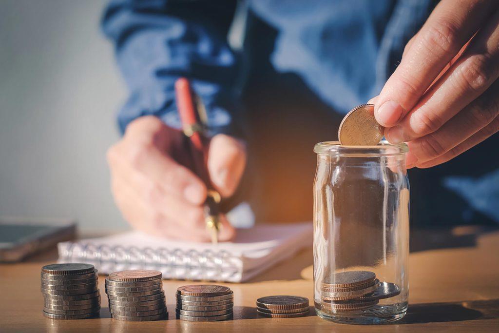 Kiếm nhiều tiền không bằng tiết kiệm và chi tiêu hợp lý