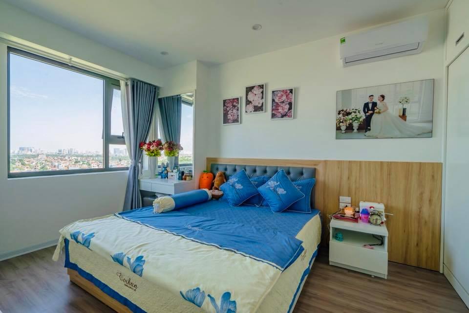 Phòng ngủ master dành cho bố mẹ với hướng view Đại Lộ Thăng Long
