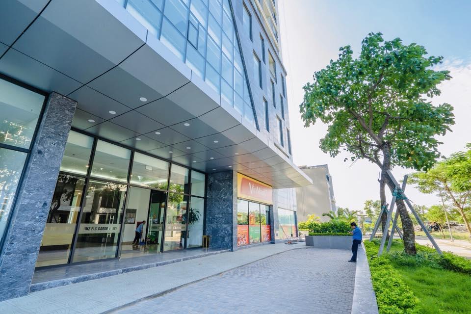 Sảnh tầng 1 tòa HH2 FLC Garden City