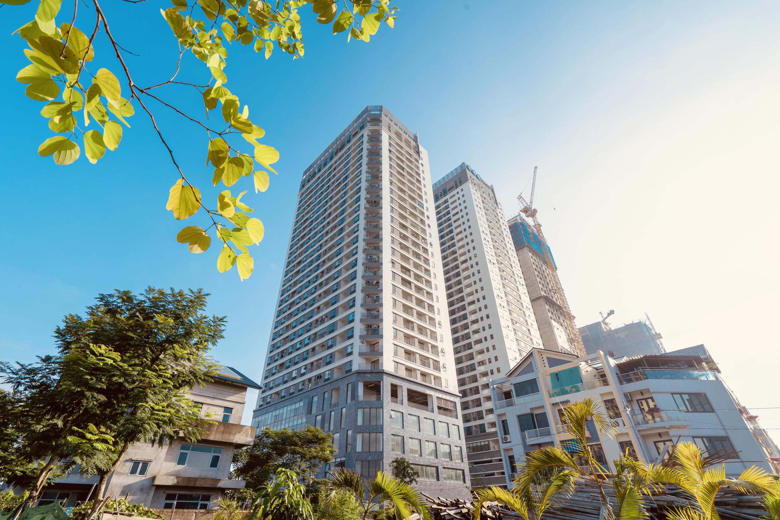 Hình ảnh thực tế tòa HH2 và HH3 FLC Garden City