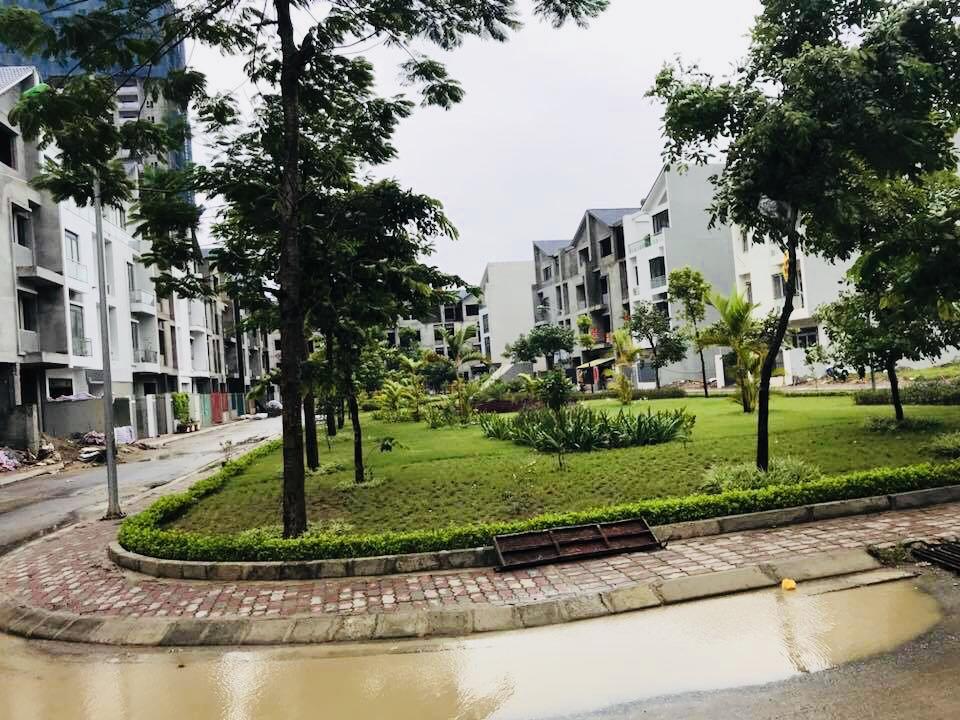 Công viên lõi tại dự án FLC Garden City với khu Shophouse và nhiều cây xanh