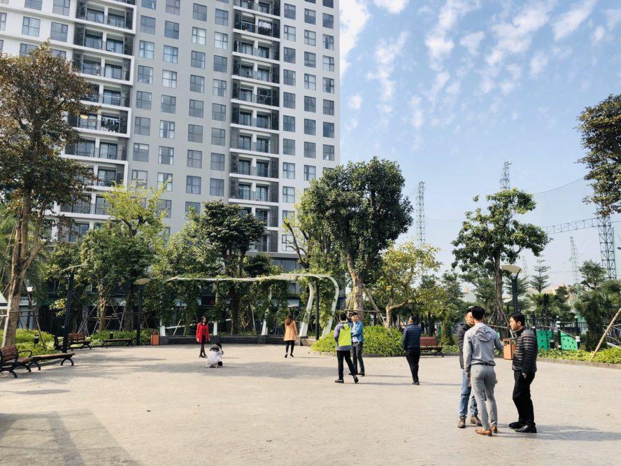 Công viên trung tâm nằm giữa 2 tòa Pearl 1 và Pearl 2